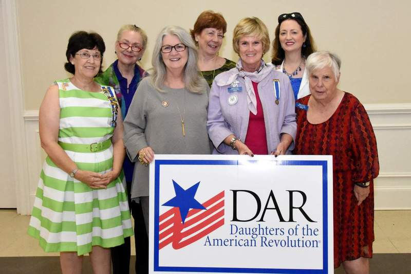 Thomasville Chapter DAR members